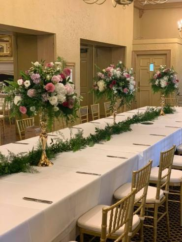 Tall Gold Head Table Arrangements