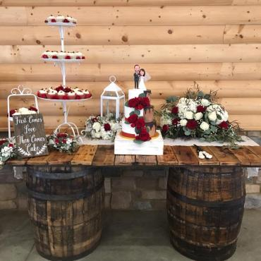 Red Heart Cake Setup