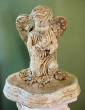 Lutz Kneeling Garden Angel LMGA-6