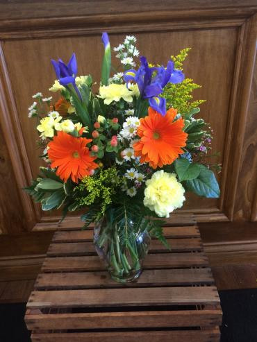 Fresh Vase Arrangement LZ-4