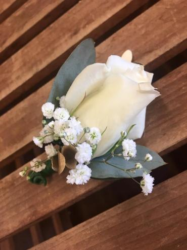 Touch Of Gold Boutonniere