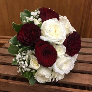 Classic Red & White Bouquet
