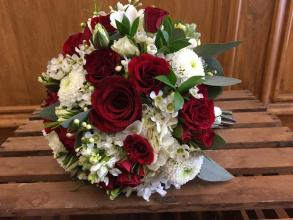 Red Spray Roses & White Mini Bouquet