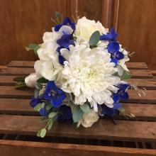 Blue & White Mini Bouquet