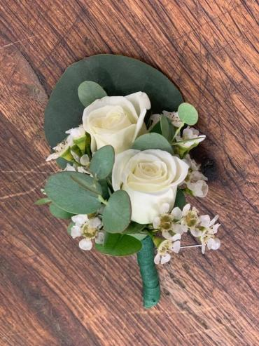 White Double spray rose boutonniere