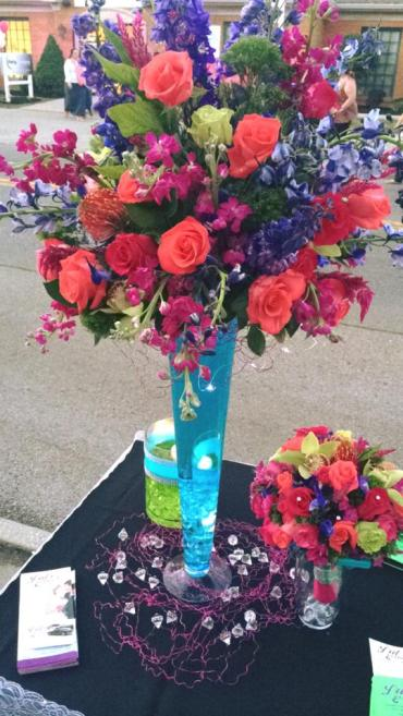 Bright Bridal Centerpiece