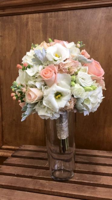 Splendid Peach Bouquet