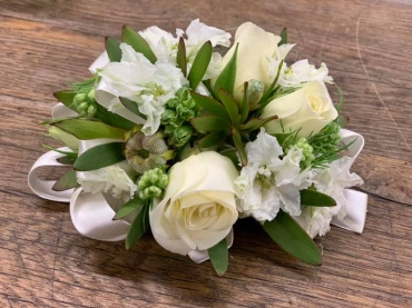 White & green mix corsage
